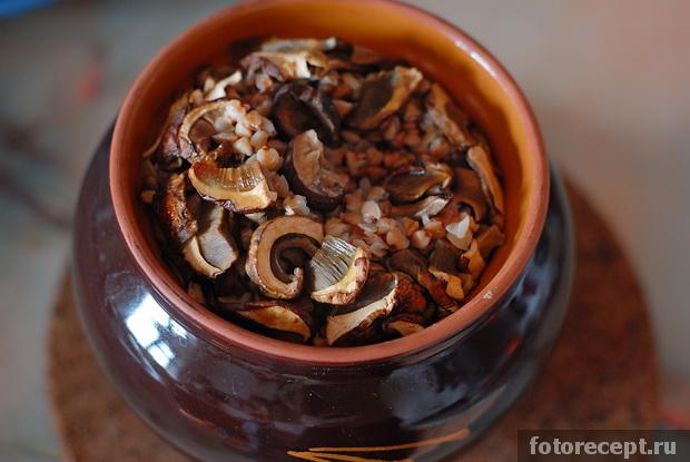 Гречневая каша с грибами и тыквой