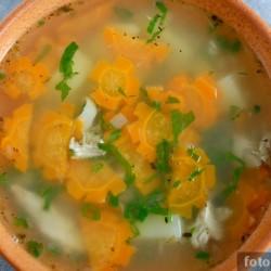 Куриный суп с любистоком