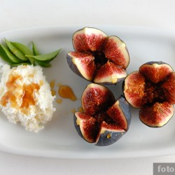 Десерт с инжиром и рикоттой