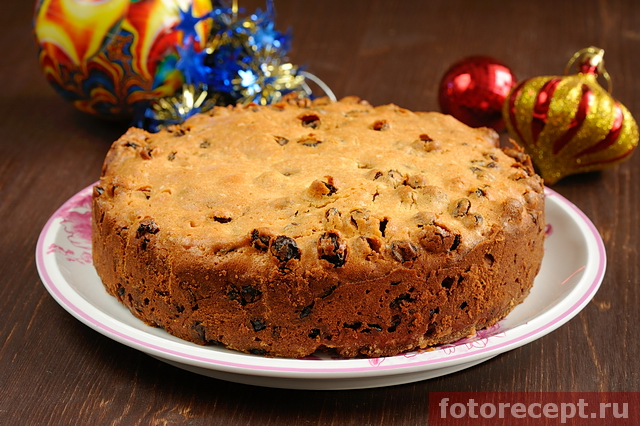 Рождественский кекс с изюмом