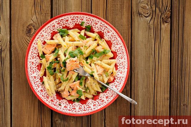 Макароны с соусом из рыбы со сливками #5