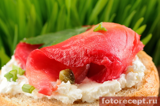 Гравлакс, или солёная красная рыба по-шведски