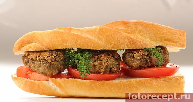 Сэндвич с чечевичными котлетами