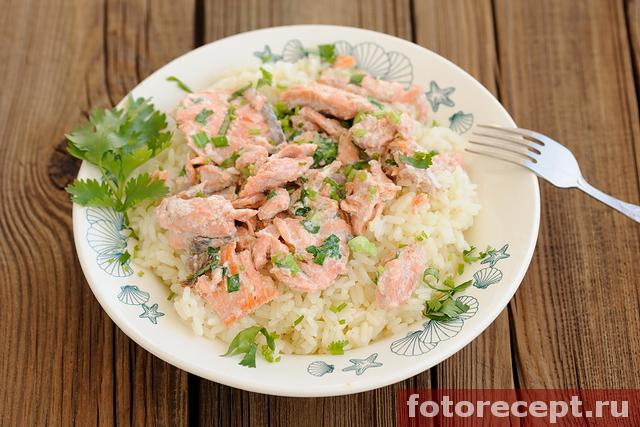 Сёмга со сливками и рисом