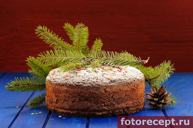 Шоколадный рождественский кекс с изюмом