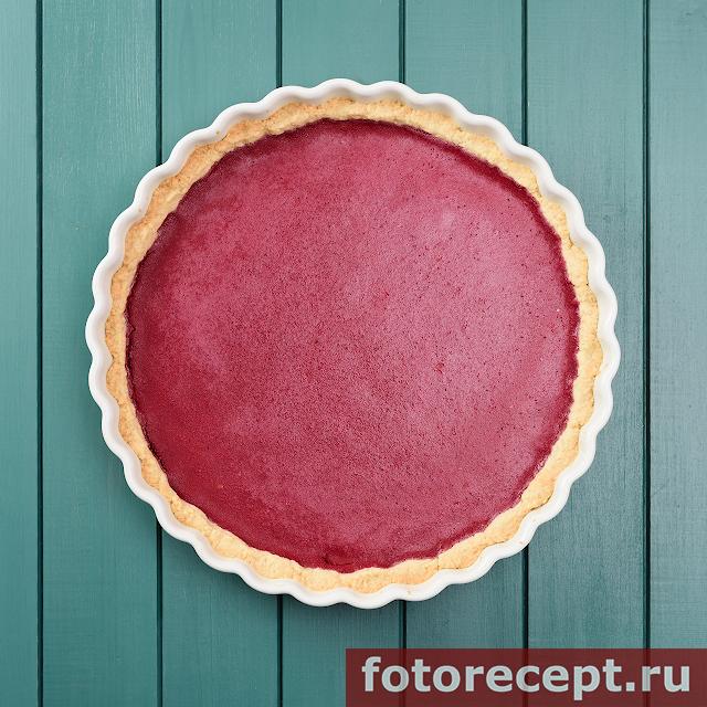 Открытый брусничный пирог